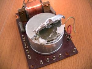 黒電話のコンデンサ